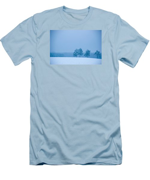 Carolina Snow Men's T-Shirt (Athletic Fit)
