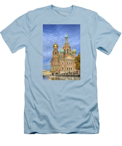 Church Of The Saviour On Spilled Blood. St. Petersburg. Russia Men's T-Shirt (Slim Fit) by Juli Scalzi