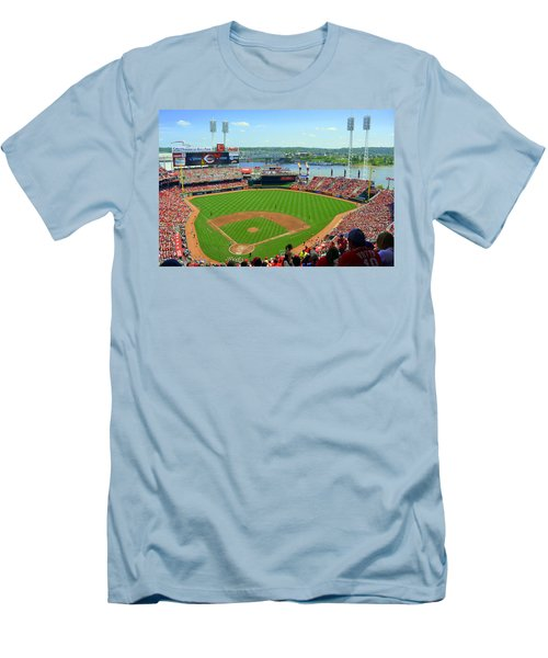 Cincinnati Reds Stadium Men's T-Shirt (Athletic Fit)