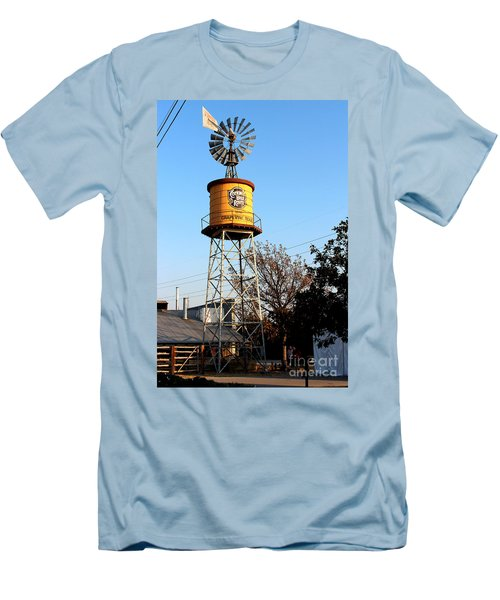 Cotton Belt Route Water Tower In Grapevine Men's T-Shirt (Slim Fit)