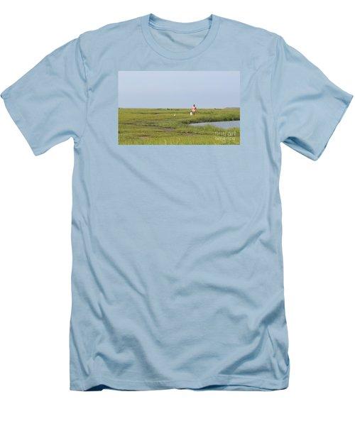 Crabbing At Mystic Island Men's T-Shirt (Slim Fit) by David Jackson