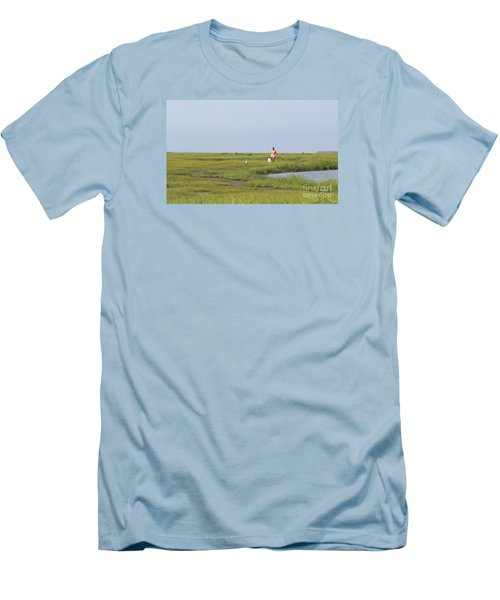 Crabbing At Mystic Island Men's T-Shirt (Athletic Fit)