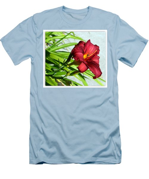 Cranberry Colored Lily Men's T-Shirt (Athletic Fit)