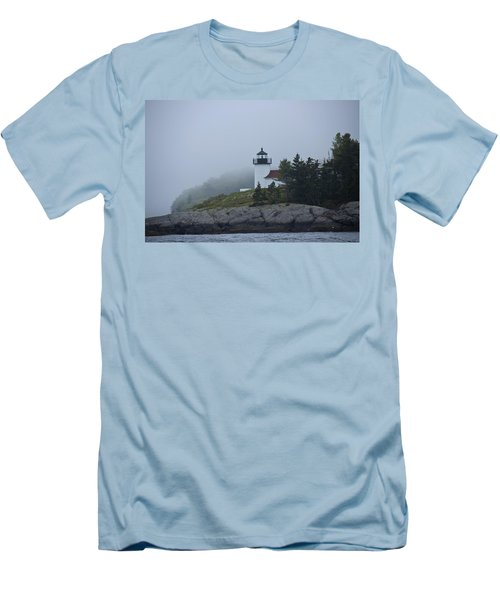 Men's T-Shirt (Slim Fit) featuring the photograph Curtis Island Lighthouse by Daniel Hebard