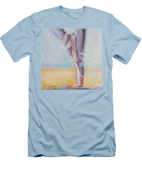 En Pointe Men's T-Shirt (Slim Fit)