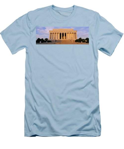 Facade Of A Memorial Building, Lincoln Men's T-Shirt (Slim Fit) by Panoramic Images