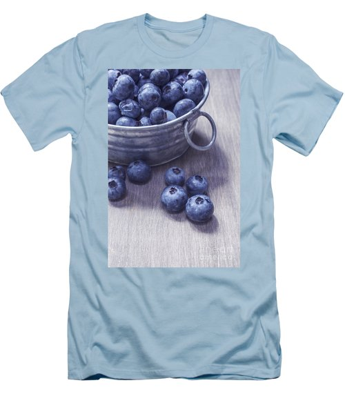 Fresh Picked Blueberries With Vintage Feel Men's T-Shirt (Athletic Fit)