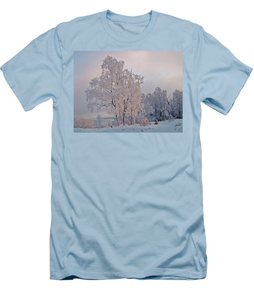Men's T-Shirt (Slim Fit) featuring the photograph Frozen Moment by Jeremy Rhoades