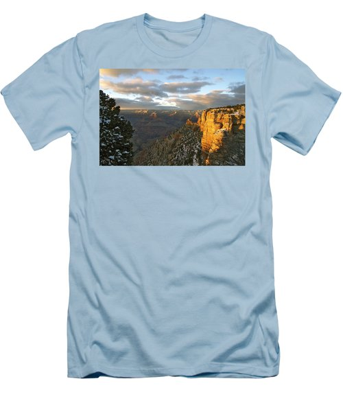 Grand Canyon. Winter Sunset Men's T-Shirt (Athletic Fit)