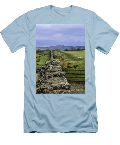 Hadrian's Wall Men's T-Shirt (Athletic Fit)