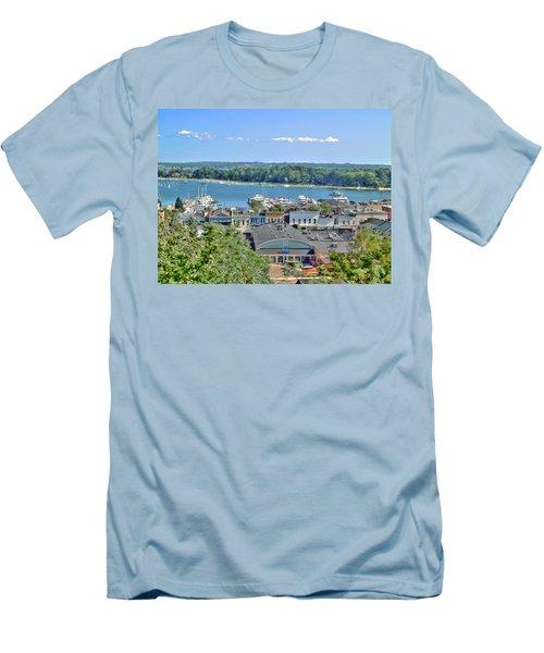 Harbor Springs Michigan Men's T-Shirt (Athletic Fit)