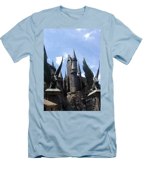Hogwarts Castle Men's T-Shirt (Athletic Fit)