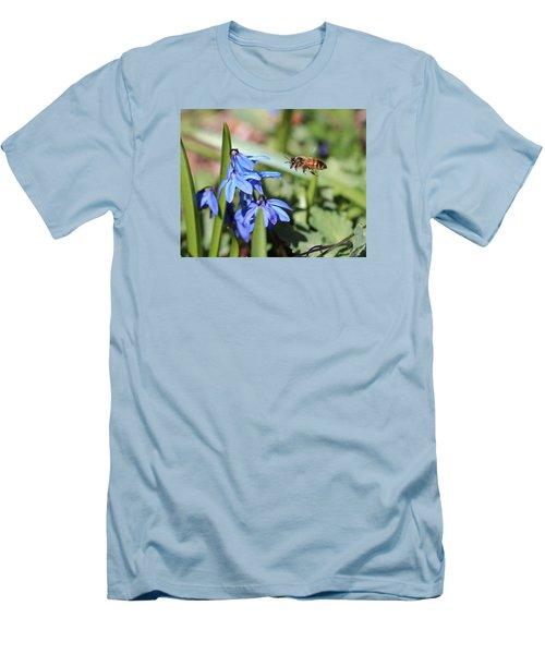 Honeybee In Flight Men's T-Shirt (Slim Fit) by Lucinda VanVleck