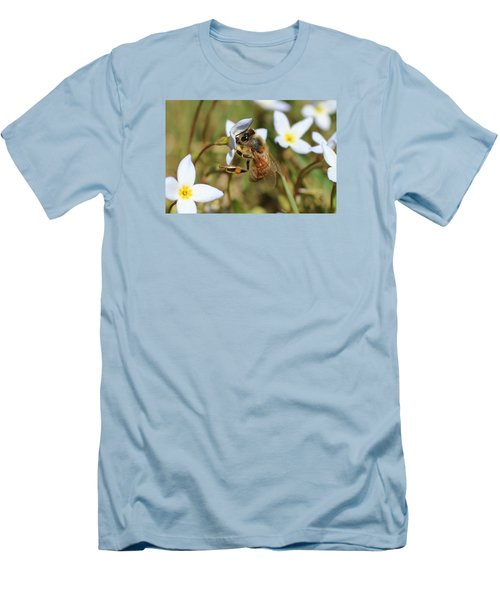 Honeybee On Bluet Men's T-Shirt (Slim Fit) by Lucinda VanVleck