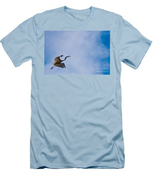 Hopeful Egret Building A Home  Men's T-Shirt (Athletic Fit)