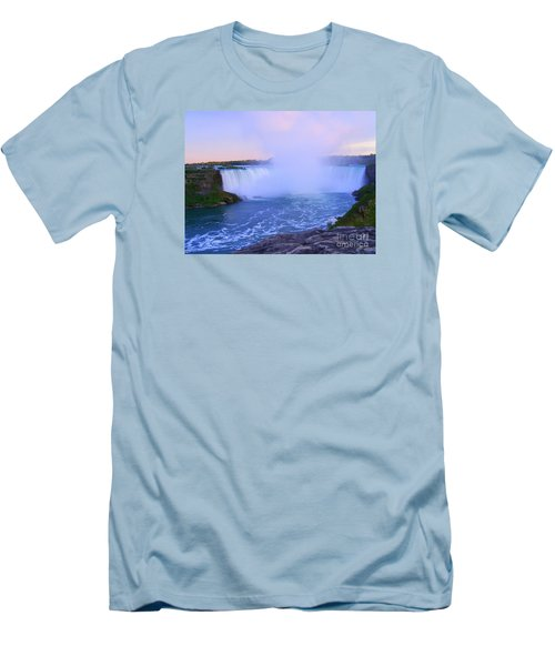 Horseshoe Falls Sunset In The Summer Men's T-Shirt (Slim Fit) by Lingfai Leung