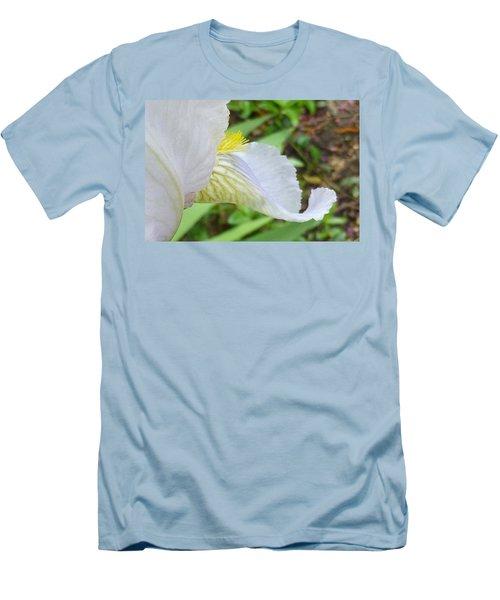Iris Macro 2 Men's T-Shirt (Athletic Fit)