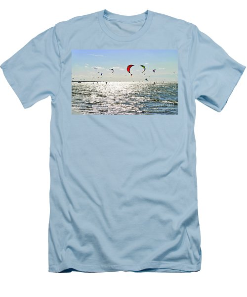 Kitesurfing In The Sun Men's T-Shirt (Athletic Fit)