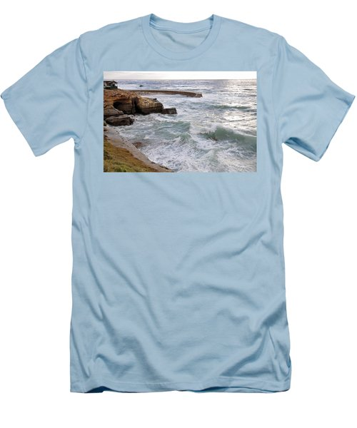 La Jolla Ca Men's T-Shirt (Athletic Fit)