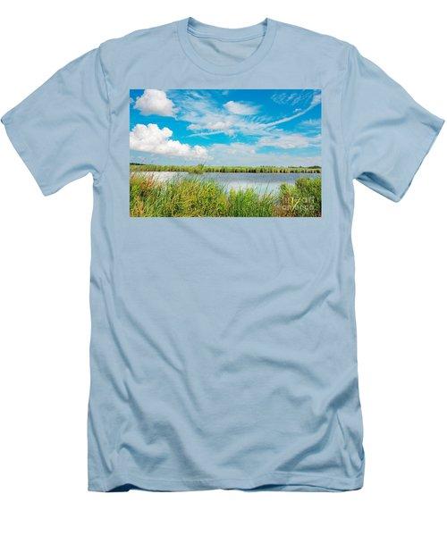 Lauwersmeer National Park. Men's T-Shirt (Athletic Fit)