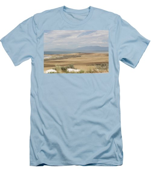 Men's T-Shirt (Slim Fit) featuring the photograph Looking North From Antelope Island by Belinda Greb