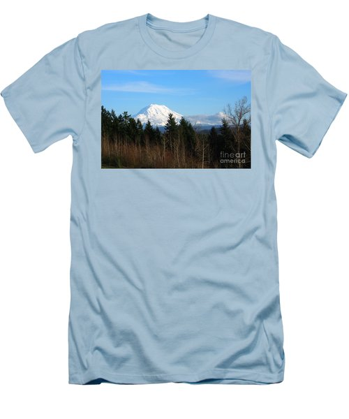 Majestic Mount Rainier Men's T-Shirt (Athletic Fit)