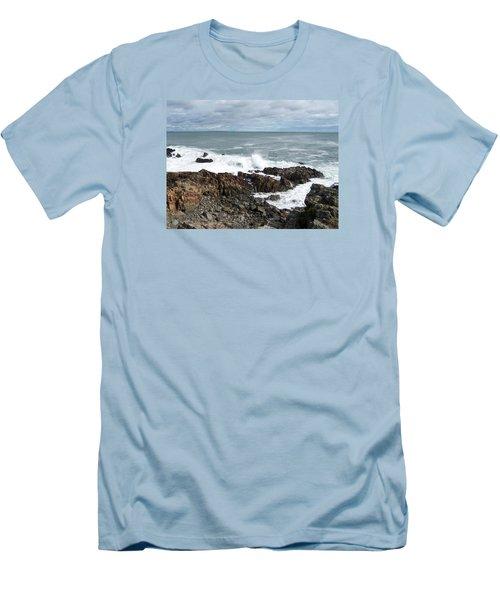 Marginal Way Men's T-Shirt (Athletic Fit)