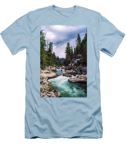 Mountain Emerald River Photography Print Men's T-Shirt (Athletic Fit)