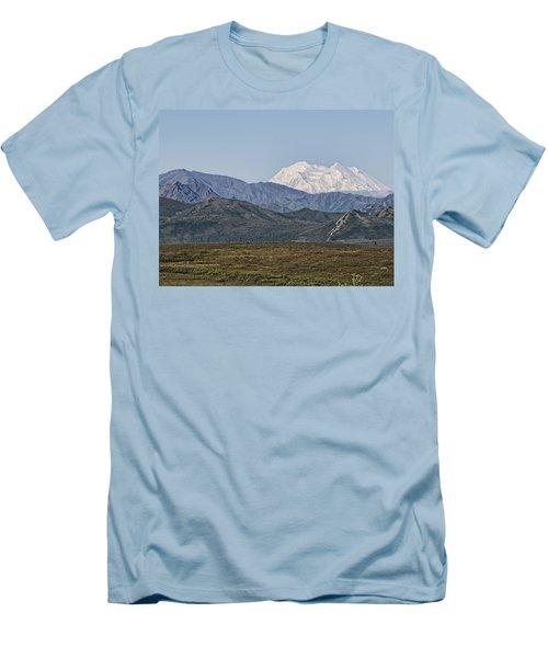 Mt. Mckinley Aka Denali Men's T-Shirt (Athletic Fit)