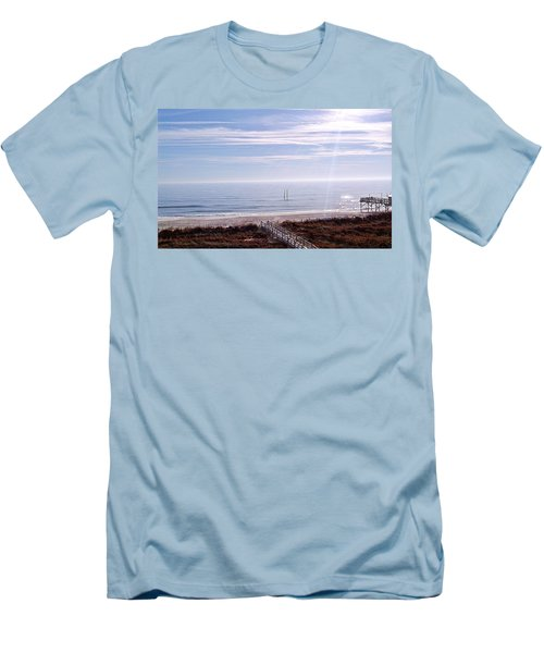 New Year Carolina Beach Men's T-Shirt (Athletic Fit)