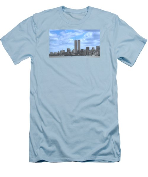 New York City Twin Towers Glory - 9/11 Men's T-Shirt (Athletic Fit)