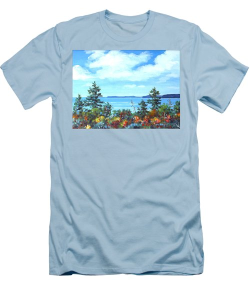 North Sky Sketch Men's T-Shirt (Athletic Fit)