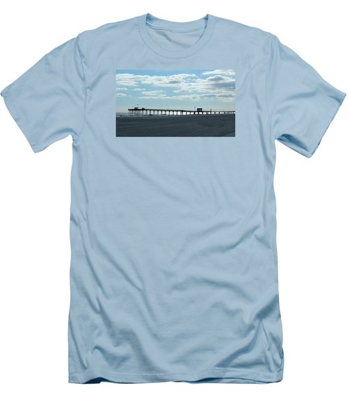 Ocean City New Jersey Pier Men's T-Shirt (Athletic Fit)