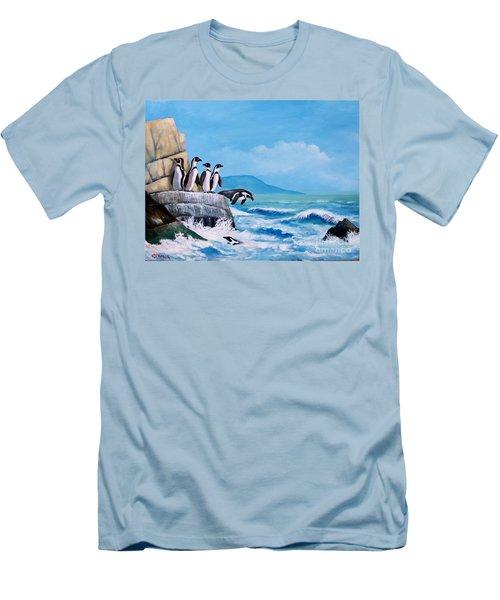 Pinguinos De Humboldt Men's T-Shirt (Athletic Fit)