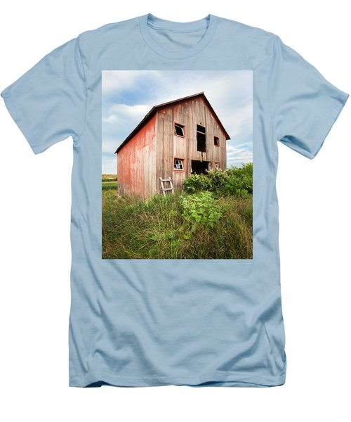 Men's T-Shirt (Slim Fit) featuring the photograph Red Shack On Tucker Rd - Vertical Composition by Gary Heller