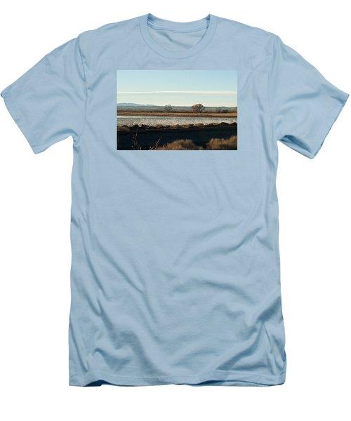 Refuge View 4 Men's T-Shirt (Athletic Fit)