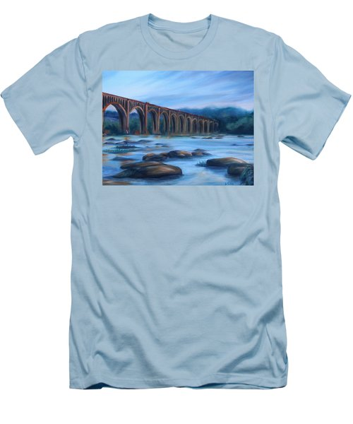 Richmond Train Trestle Men's T-Shirt (Athletic Fit)