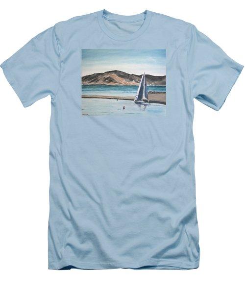 Santa Barbara Sailing Men's T-Shirt (Athletic Fit)