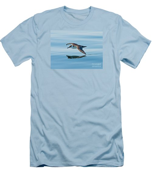 Shearing The Water... Men's T-Shirt (Athletic Fit)