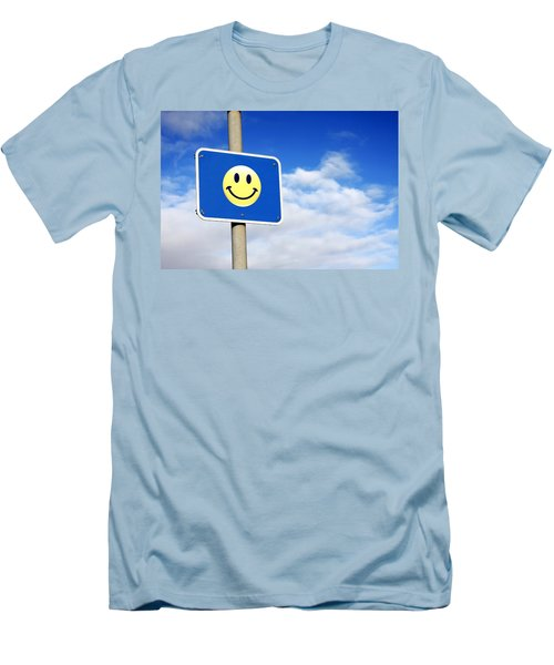Smiley Men's T-Shirt (Athletic Fit)