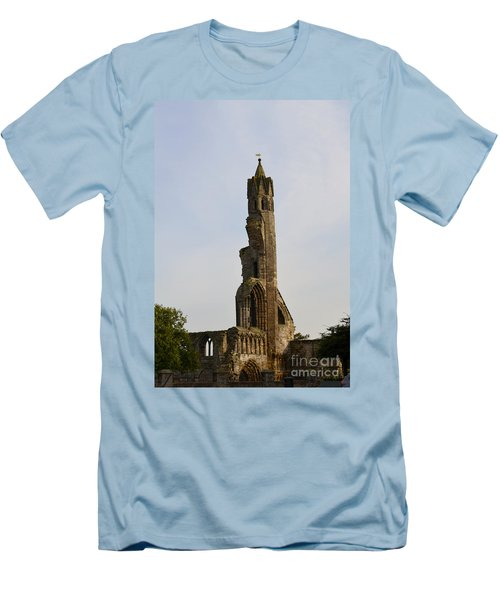 St Andrew's Cathedral Ruins Men's T-Shirt (Athletic Fit)