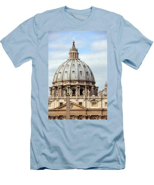 St. Peters Basilica Men's T-Shirt (Athletic Fit)