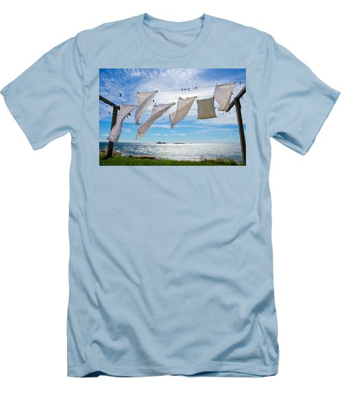 Star Island Clothesline Men's T-Shirt (Athletic Fit)