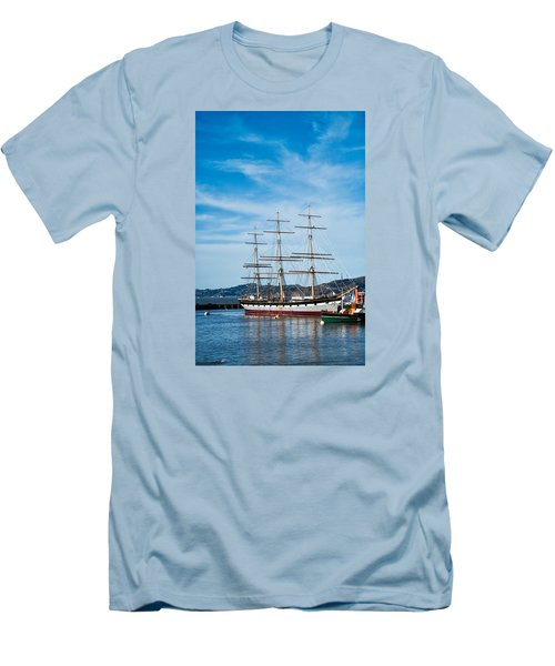 Tall Ship Balclutha San Francisco Men's T-Shirt (Athletic Fit)
