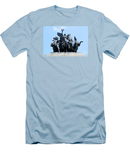 The Quadriga Men's T-Shirt (Athletic Fit)