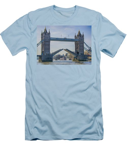 Tower Bridge Opened Men's T-Shirt (Athletic Fit)