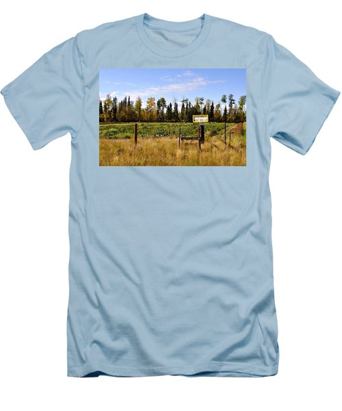 Men's T-Shirt (Slim Fit) featuring the photograph Vegetables For Sale by Cathy Mahnke