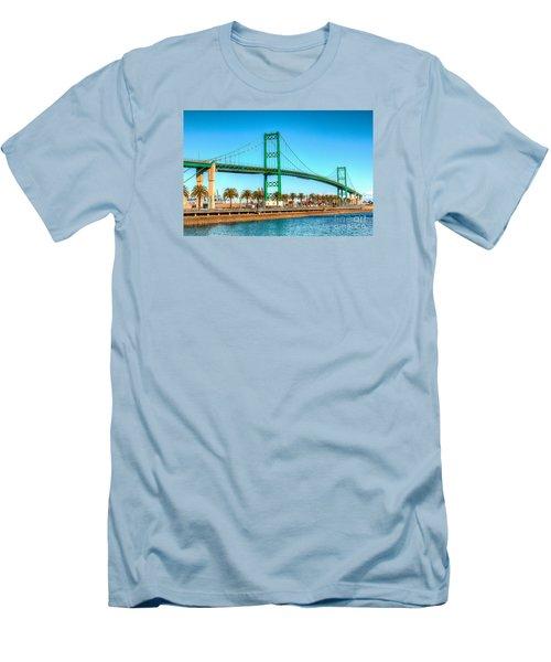 Vincent Thomas Bridge Men's T-Shirt (Slim Fit) by Jim Carrell