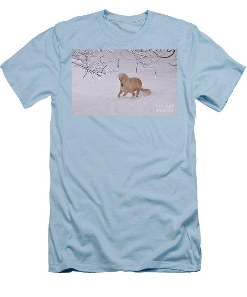 Viva Zapata Contratercero Dances In The Snow Men's T-Shirt (Athletic Fit)