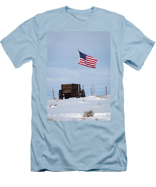 Wagon And Flag Men's T-Shirt (Slim Fit)